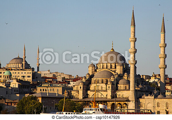 New Mosque (Yeni Cami) in Eminonu district of Istanbul, Turkey - csp10147926