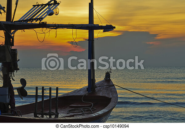 small fishing boat on Hua Hin beach, Thailand - csp10149094