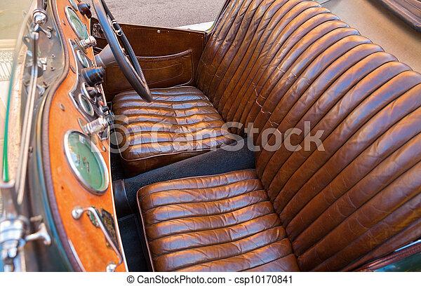 photo de voiture cuir si ges vieux vendange voiture cuir csp10170841 recherchez des. Black Bedroom Furniture Sets. Home Design Ideas