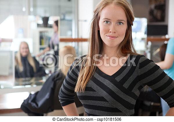 年輕, 成人, 美容師 - csp10181506