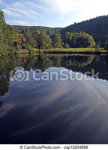 Mountain Pond - csp10204896