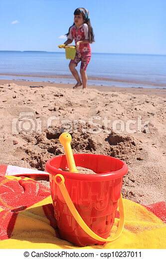Little girl at the beach in P.E.I - csp10237011