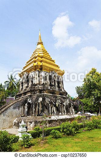 Wat Chiang Man temple in Chiang Mai, Thailand. - csp10237650