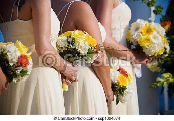 Wedding bouquet flower arrangement - csp1024074