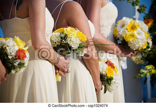 Wedding bouquet flower arrangement - csp1024074