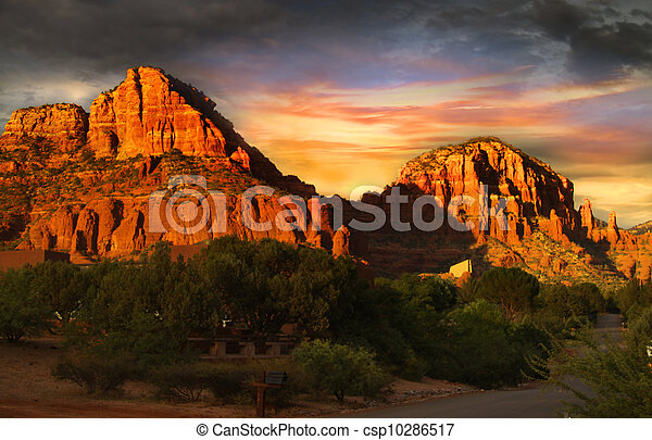 Mountains, röd,  Sedona, vagga - csp10286517