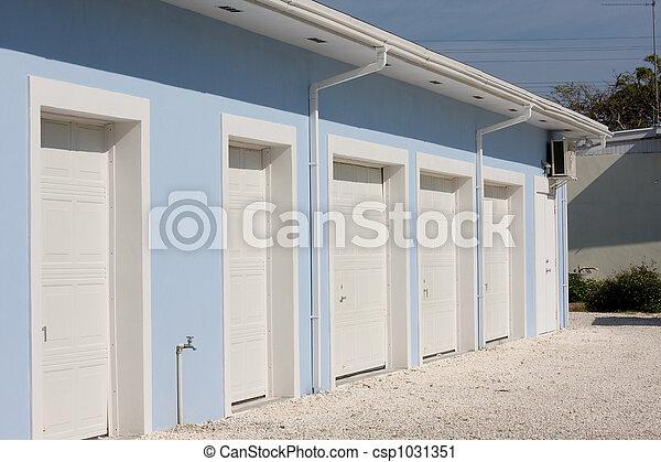 storage units - csp1031351