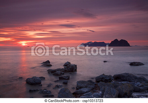 Midnight sun on Lofoten - csp10313723