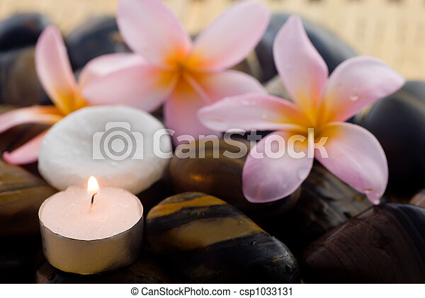 Aromatherapy and spa relaxation - csp1033131