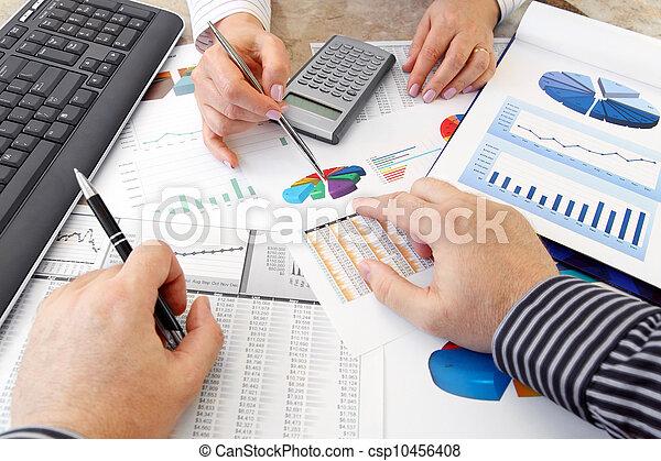 Analyzing Data  - csp10456408