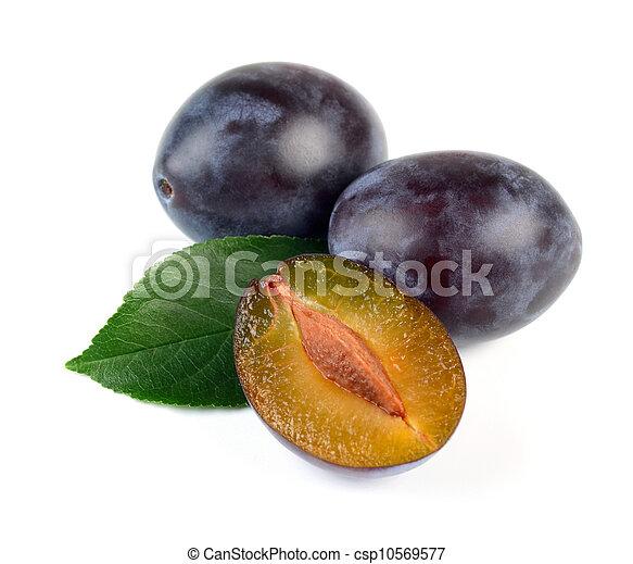 Fresh Plum  Fruits with Green Leaf - csp10569577