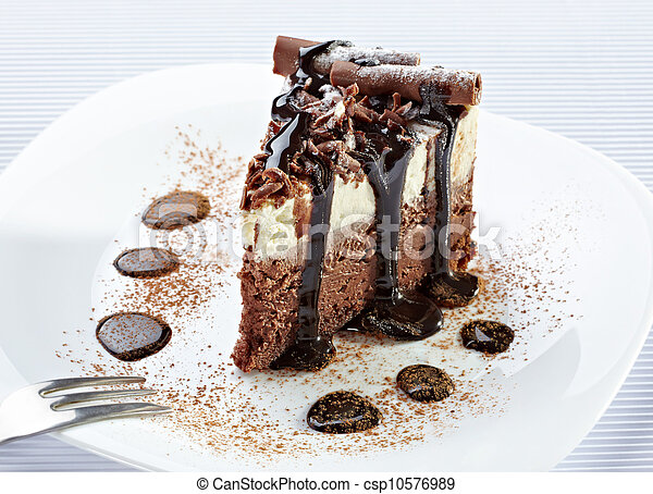 cream chocolate cake sweet food - csp10576989