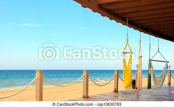 A beachfront view of the Sea of Cortez, Mexico. A place for tranquility and relaxation. - csp10630763