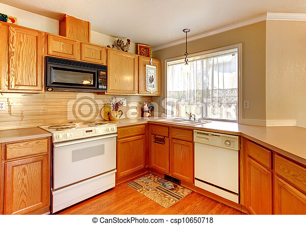bois et beige mur amricain standart cuisine blanc appareils - Cuisine Beige Et Bois