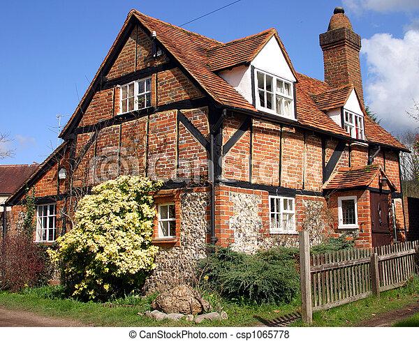 Images de brique et bois construction petite maison for Construction petite maison