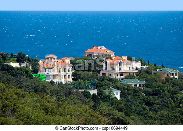 Villa by the sea. - csp10694449