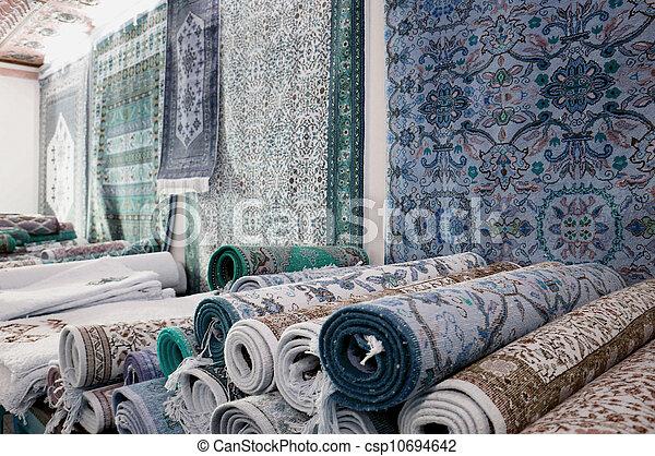 photo de fait main tapis tunisien kairouan fait main tapis csp10694642 recherchez. Black Bedroom Furniture Sets. Home Design Ideas