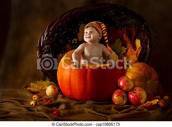 Outono, dentro, boné, abóbora, criança - csp10695173