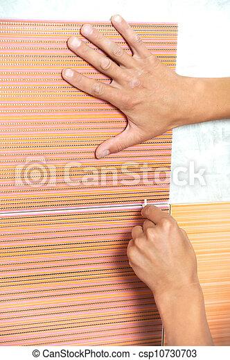 Archivi fotografici di piastrellista mani casa rinnovamento lavoro primo csp10730703 - Offerte di lavoro piastrellista ...
