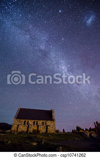 Church of The Good Shepherd and the Milky Way, Lake Tekapo, New Zealand - csp10741262