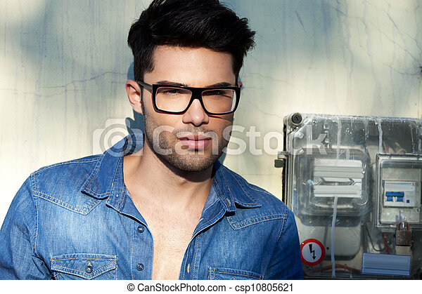 Young attractive fashion man - csp10805621