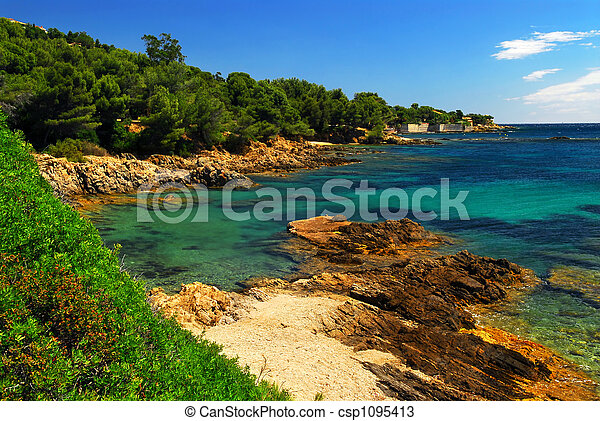 Mediterranean coast of French Riviera - csp1095413