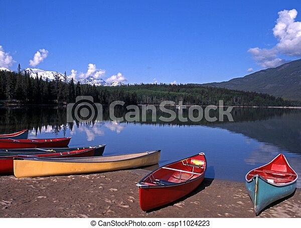 Pyramid Lake, Alberta, Canada. - csp11024223