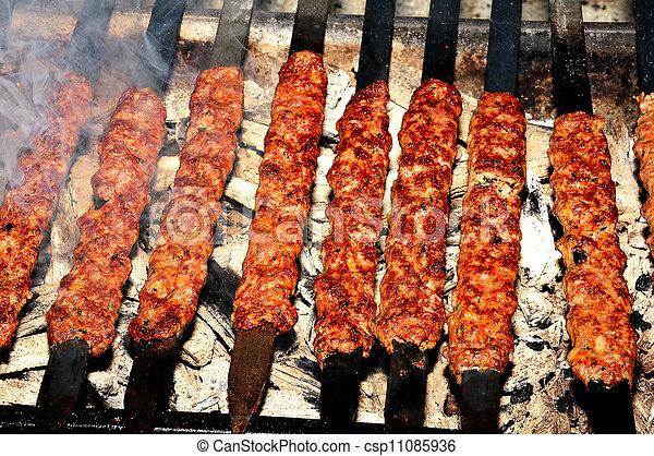 Photos de shish chiche kebab cuit adana turquie for Cuisinier kebab