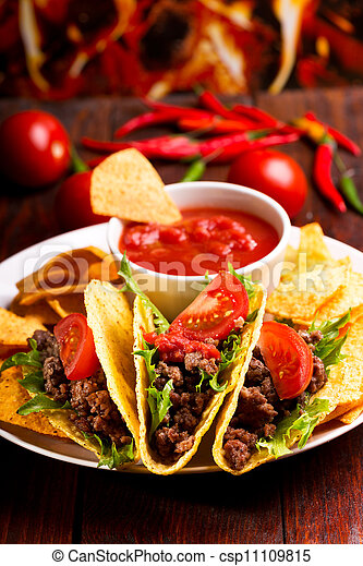 plate with taco - csp11109815