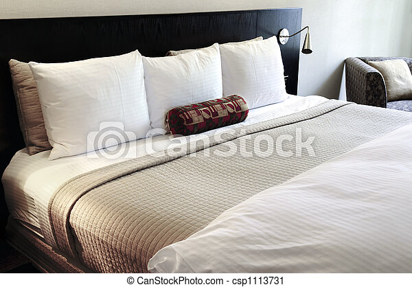 Bedroom with comfortable bed - csp1113731