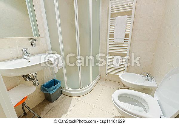 photo de toilette salle bains moderne toilette dans les csp11181629 recherchez des. Black Bedroom Furniture Sets. Home Design Ideas