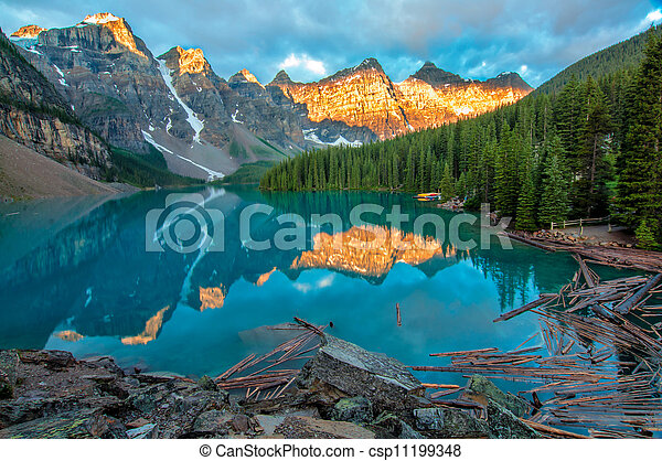 Moraine Lake Yellow Mountain Landscape - csp11199348