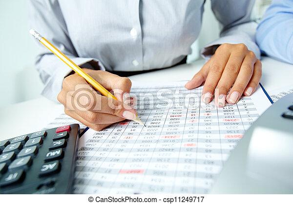 contabilidade, notas - csp11249717
