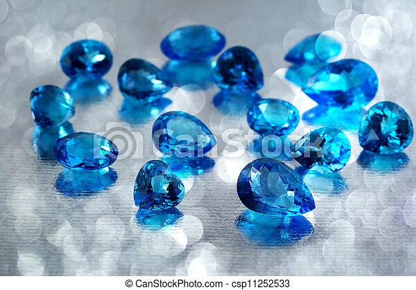 grupo, de, topacio, piedras preciosas - csp11252533