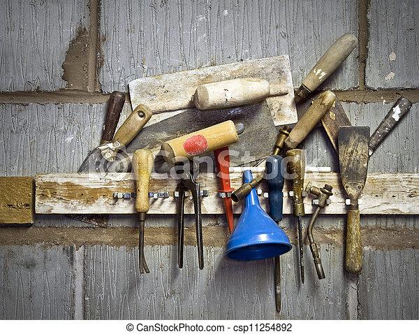 tools - csp11254892