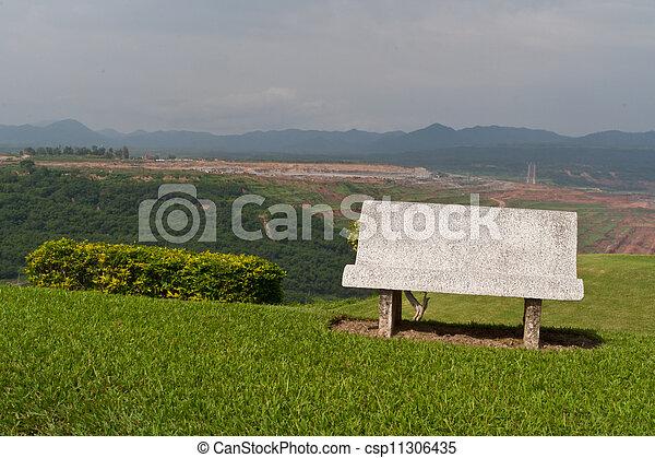 Photos de ciment banc sur vert herbe et ciel fond csp11306435 recherchez des images - Banc de jardin en ciment ...