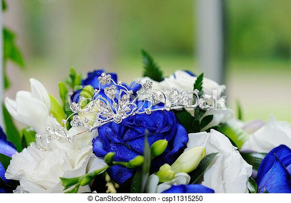 noivas, tiara, flores - csp11315250