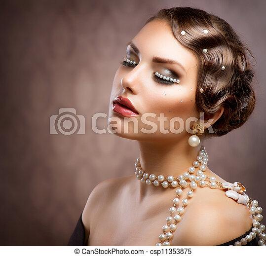 hermoso, mujer, perlas, Maquillaje, joven,  Retro, Diseñar, retrato - csp11353875