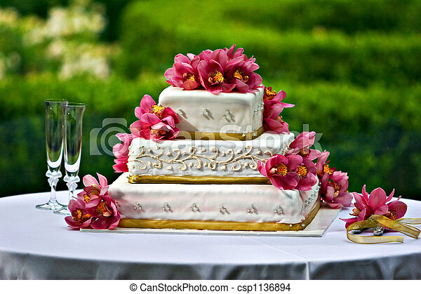 Wedding Cake - csp1136894