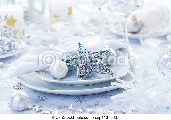 Place setting in silver for Christmas - csp11375007