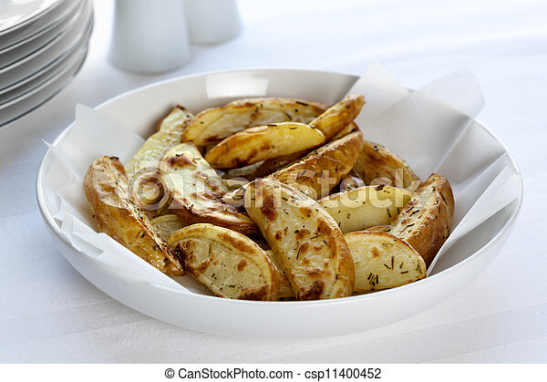 Oven Baked Potato Wedges - csp11400452