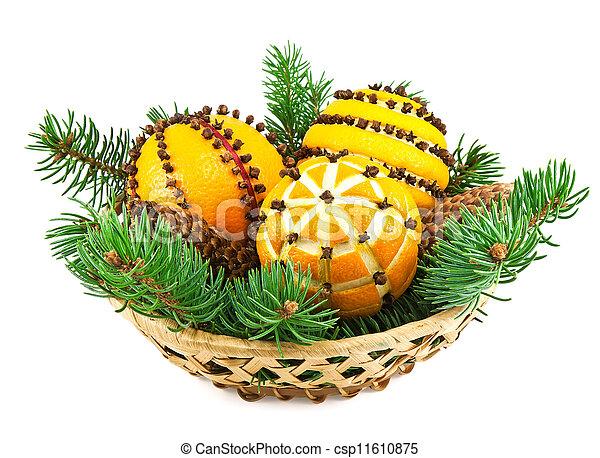 Stock de fotos navidad decoraci n naranjas cesta abeto for Cesta arbol navidad