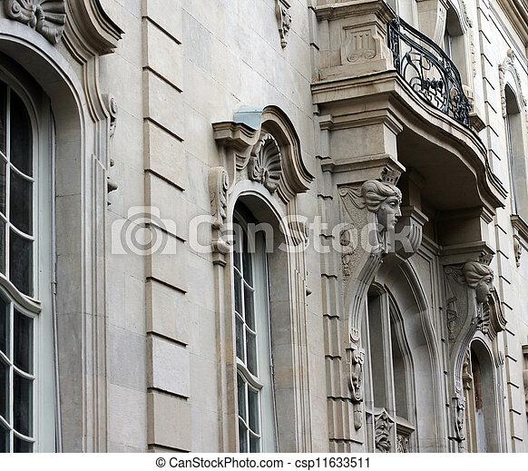 Stock de fotograf a de edificio pueblo decoraci n art for Decoracion art nouveau