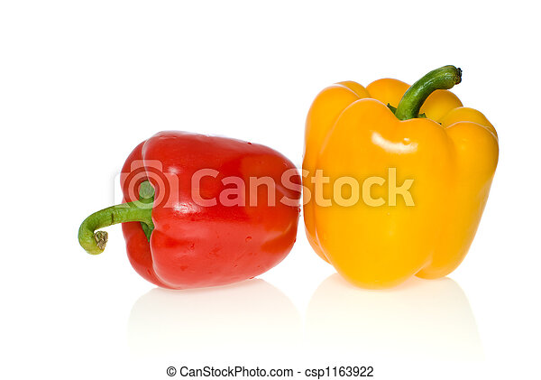 Red & yellow sweet pepper - csp1163922