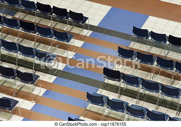 Stuhlreihe clipart  Stock Bilder von stuhlreihen - Rows, von, stühle, gesehen, von ...