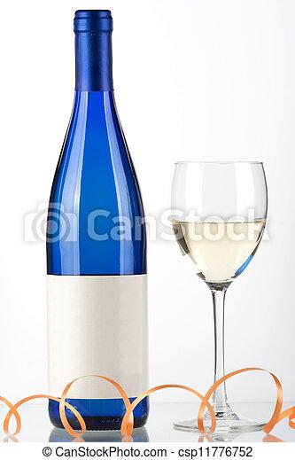 images de bleu verre blanc bouteille vin bleu bouteille de csp11776752 recherchez. Black Bedroom Furniture Sets. Home Design Ideas