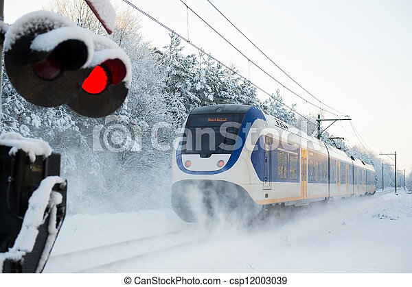 Dutch train in snow - csp12003039
