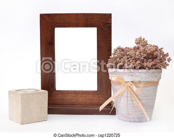 Wooden frame, candlestick and flower pot - csp1220725