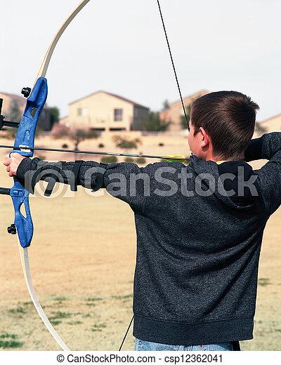 joven, arquero - csp12362041