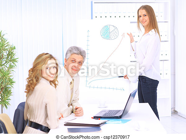 A group of good businessmen discus - csp12370917